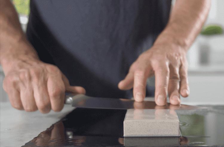 Knife Sharpnening With Fine Stone