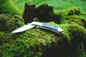 How To Sharpen Your Survival Knife In The Outdoors