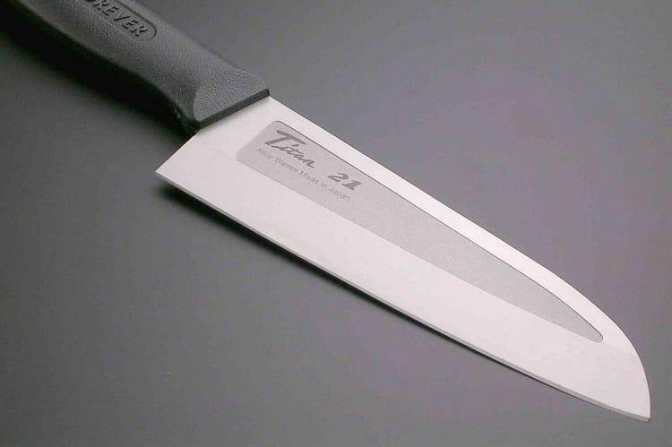 Knife With Titanium Blade