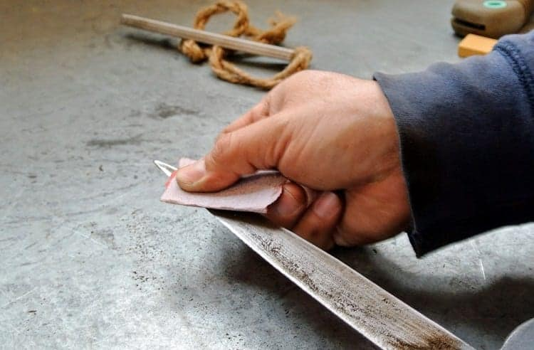 Sharpening Knife With Sandpaper