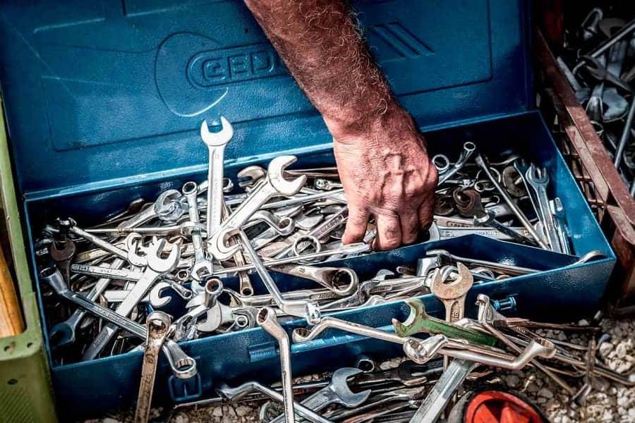 best scrap metals for knife making