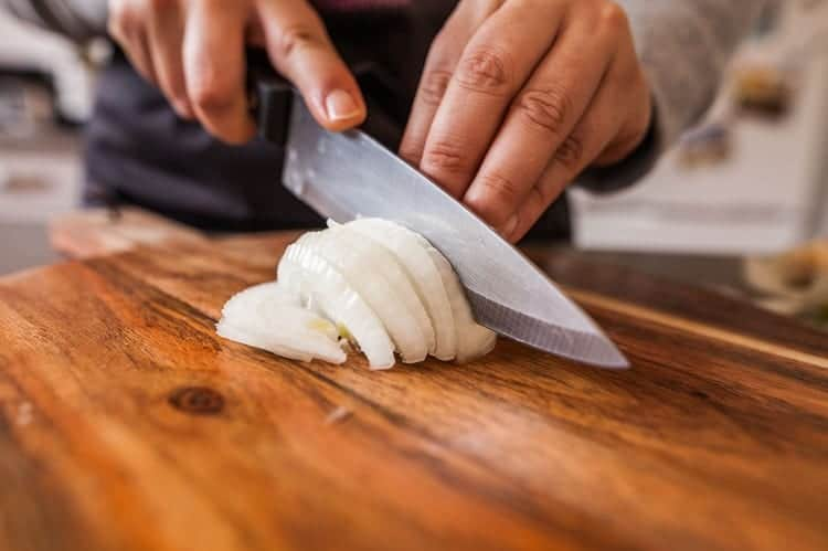 How To Use A Chopping Knife